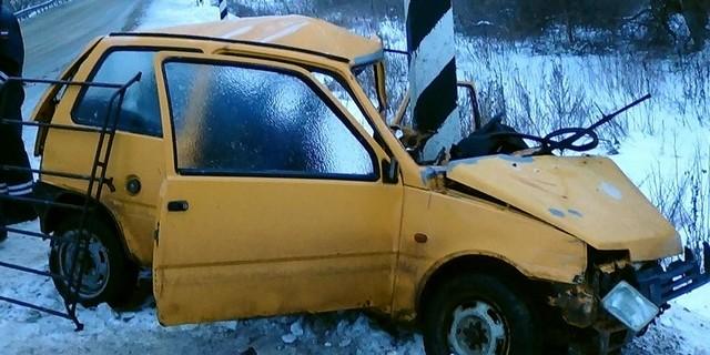 По предварительным данным, автомобиль был на летней резине.