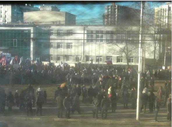 Вид на МКЦ с веб-камеры, расположенной на площади Победы