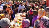Освящение куличей на Пасху-2014