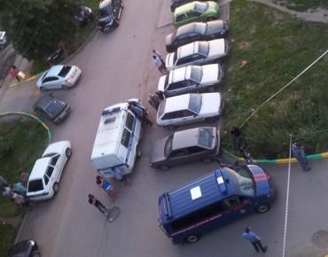 """Фото с места происшествия из группы """"Типичная Рязань"""" ВКонтакте"""
