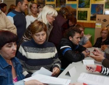 На фото: украинцы на рязанской ярмарке вакансий