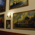 Картинная галерея в трапезной.