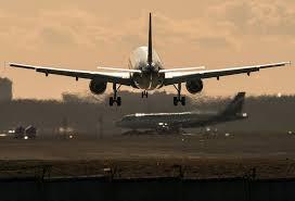 самолеты на полосе
