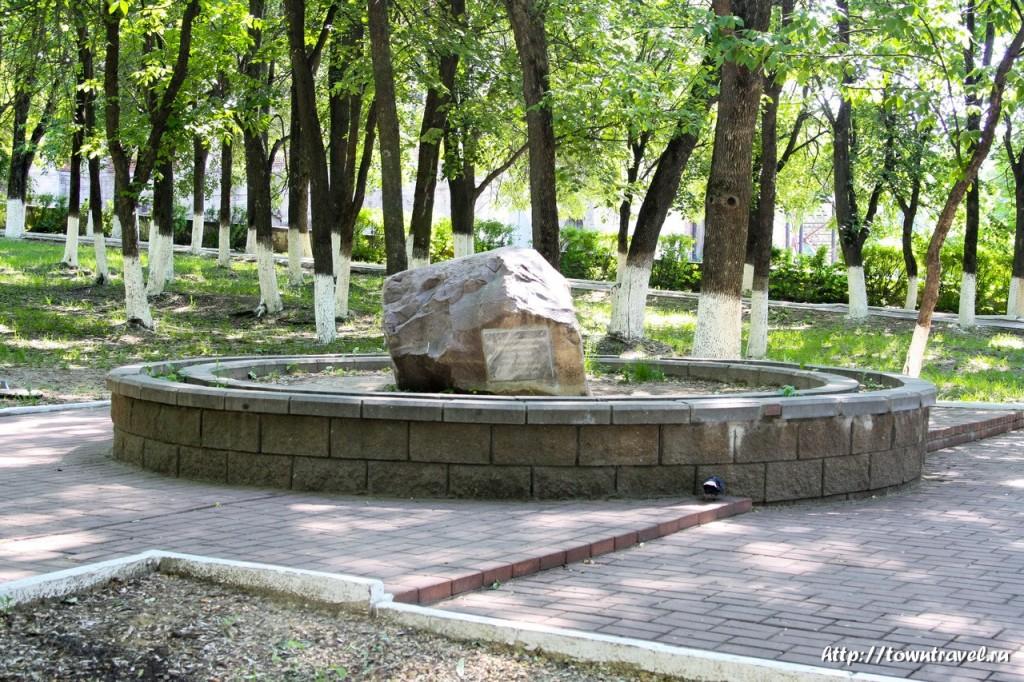 4554-Закладной-камень-памятника-адмиралу-Авинову-в-Касимове-1024x682