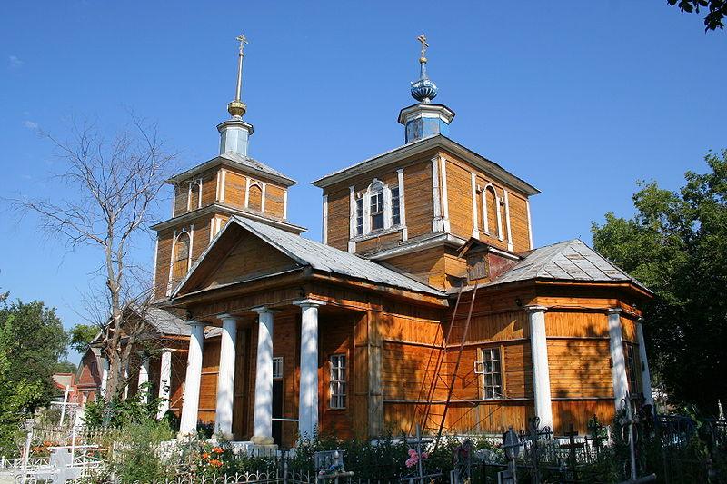 800px-Spassk_near_Ryazan_-_Ascension_Church1